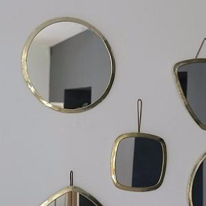 Miroirs avec cadre en laiton couleur or for Miroir rond sans cadre