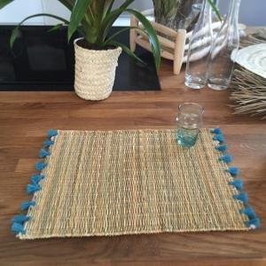 Placemat Pompons Turquoise Blue