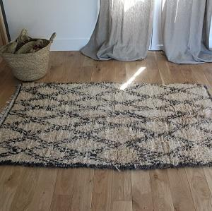 plaids couvertures et tapis en laine tiss s la main. Black Bedroom Furniture Sets. Home Design Ideas